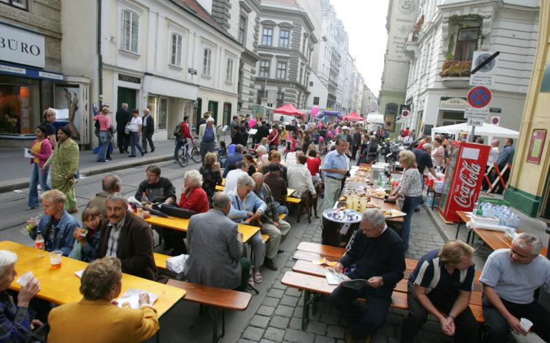 Das Straßenfest in der Josefstadt