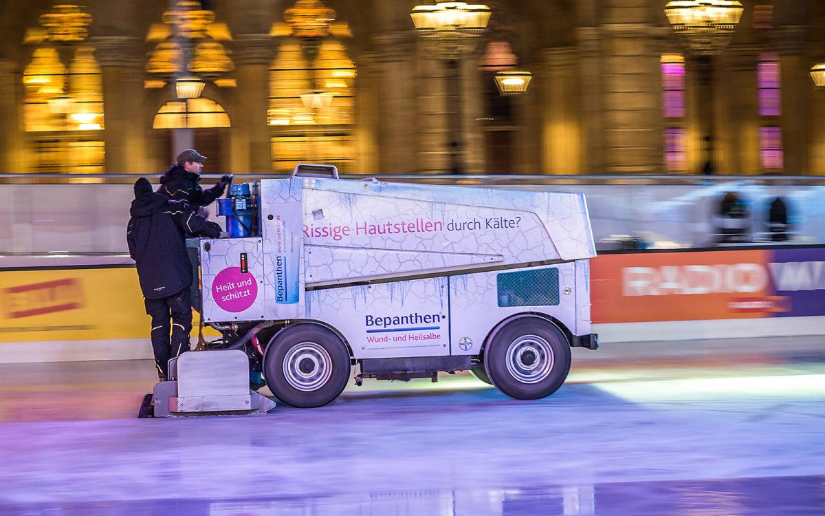 Werbung auf Eismaschine