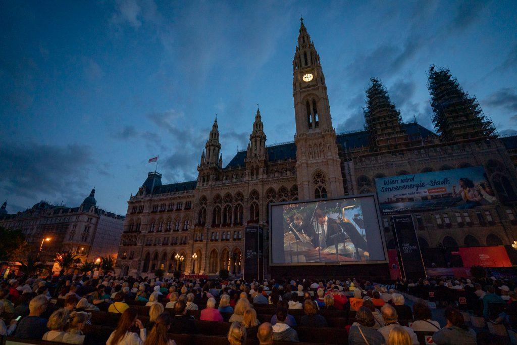Das Film Festival 2021 bei Nacht